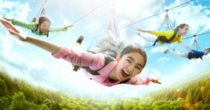 遊樂園超刺激設施讓你「當老鷹滑翔」 75公里高速狂衝!